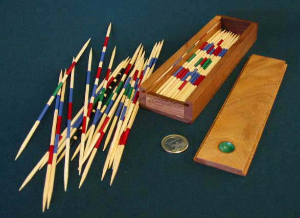 Pick-up sticks (mikado)
